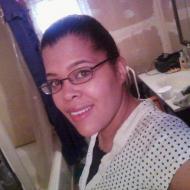 Manuela, 37, woman