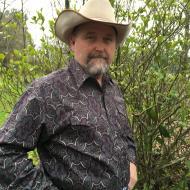Dennis , 56, man