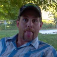 Chuck, 43, man