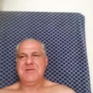 Hoyt , 56, man