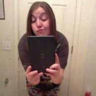 Mel, 29, woman