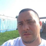 Josh, 34, man