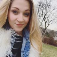 Cassandra , 31, woman