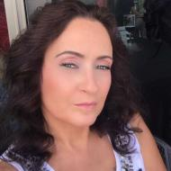 Gloria, 43, woman