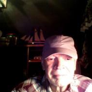 Daniel, 72, man