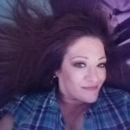 Vee, 49, woman