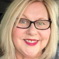 Becky, 59, woman