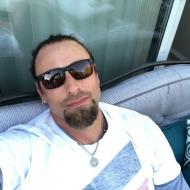 Koda, 38, man
