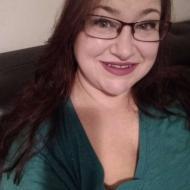Lizzie, 39, woman