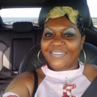 looking for a decent and mature Caucasian man to get to know, 50, woman