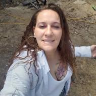 Sandra, 44, woman