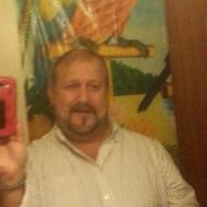 John, 48, man