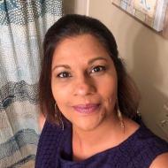 Suri , 41, woman