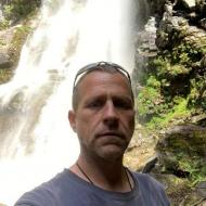 John, 52, man
