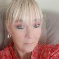 Nadia , 46, woman