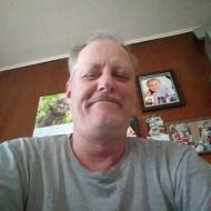 Victor , 50, man