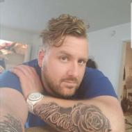 Josh, 35, man