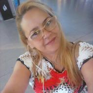 Sarah , 37, woman