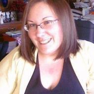 Caitlin, 35, woman
