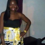 Ayesha, 38, woman