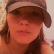 Sarah, 29, woman