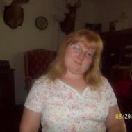 Sandy, 32, woman