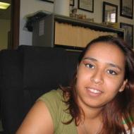 Laura, 34, woman