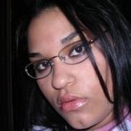 mercedes, 25, woman