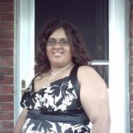 Vanessa , 28, woman