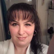 Elizabeth, 44, woman