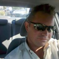Daniel, 42, man