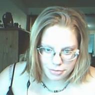 deborah, 26, woman