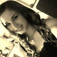 Cheyenne, 25, woman